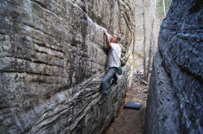 JJ handles the slopers at Kelly Canyon, AZ.