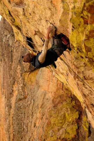 Joel Unema on Granite of the Apes 5.13- Oriface Wall, Mt Lemmon, AZ photo Carrie Albrecht