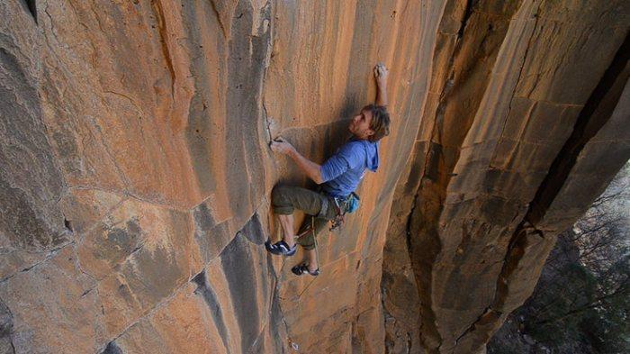 Joel Unema finishing the crux on Gemini Dragonfire 5.13+ Oak Creek Waterfall, AZ