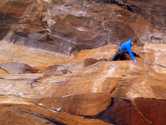 Nik Berry on the crux pitch of Crystal Dawn, Red Rocks, NV