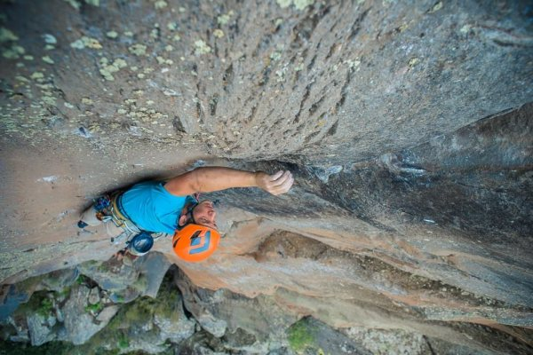 Blake McCord on the FA of Seamingly Binary, Volunteer Canyon, AZ.  Photo Tamara Hastie